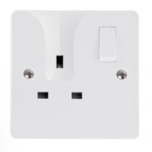 Click CMA735 13A 1 Gang Double Pole Self Locating Socket