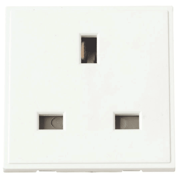 Click MM010WH 13A UK Socket Outlet - Polar White