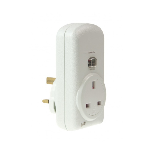 Click RFRP-20/B Plug-in Signal Repeater With 13A Socket