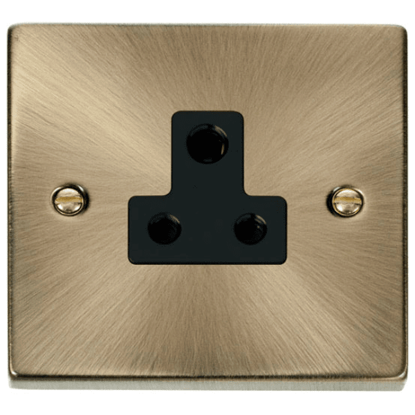Click VPAB038 5A Round Pin Socket Outlet