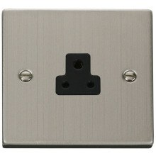 Click VPSS039BK 2A Round Pin Socket Outlet
