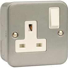 Scolmore Click Metalclad 13 Amp DP Single Switched Socket.